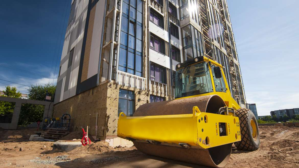 Top 4 Tips to Buying Heavy Construction Equipment
